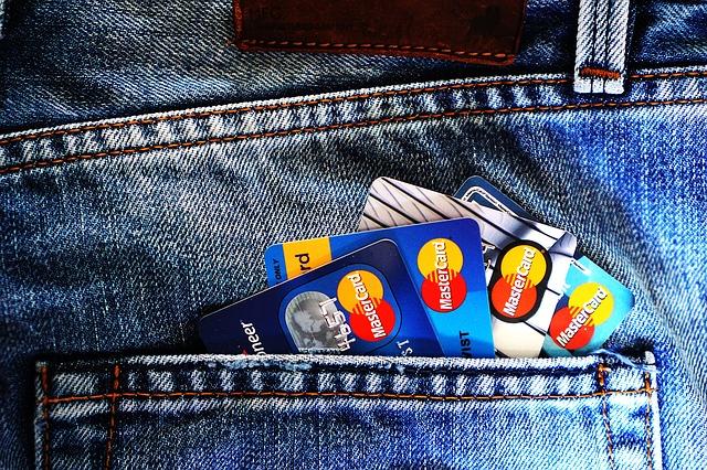 クレジット カード 家族 カード メリット